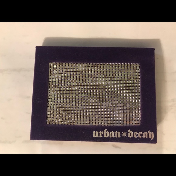 Urban Decay Other - Urban Decay Deluxe Shadow Box
